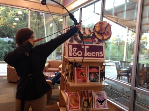 "Igo Teens ""Catching Fire"" Book Covers Display with Igo Katniss!!!"
